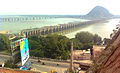 View of Prakasam Barrage and Krishna river from Indrakeeladri 01.jpg