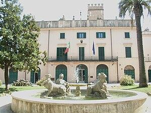 Villa Sciarra (Rome) - Villa Sciarra at the centre of the park