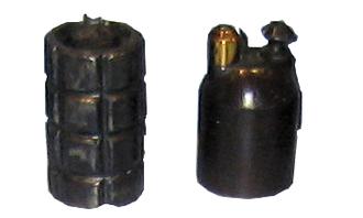 VB rifle grenade - VB grenade on the right