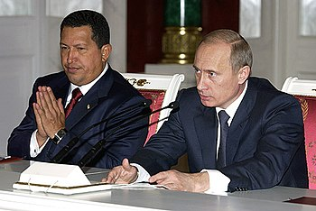 Vladimir Putin with Hugo Chavez 26 November 2004-4