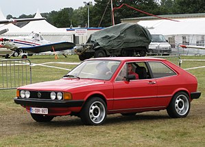 Volkswagen Scirocco - Scirocco I side view: wrap-around front indicators and the plastic-coated one-piece wrap-around bumpers mark this out as a post 1978 car