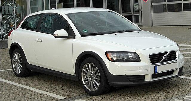Volvo C30 1.6 front 20100918