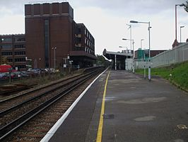 Wallington station look east.JPG