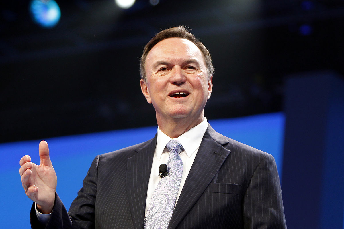 a biography of mike duke the ceo of wal mart Walmart's doug mcmillon to replace mike duke as chief  will replace duke as president and ceo of walmart stores on 31 january duke relinquishes the reins.