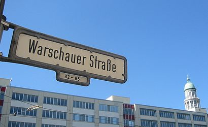 How to get to Warschauer Str. with public transit - About the place