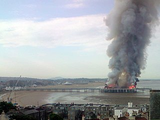 Weston-super-Mare Grand Pier fire 2008 812am.jpg