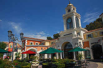 The Commons at Calabasas - World's largest Rolex clock at The Commons at Calabasas