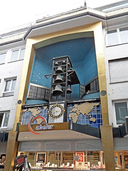 Datei:Wuppertal - Glockenspiel beim Juwelier Abeler (32700092932).jpg