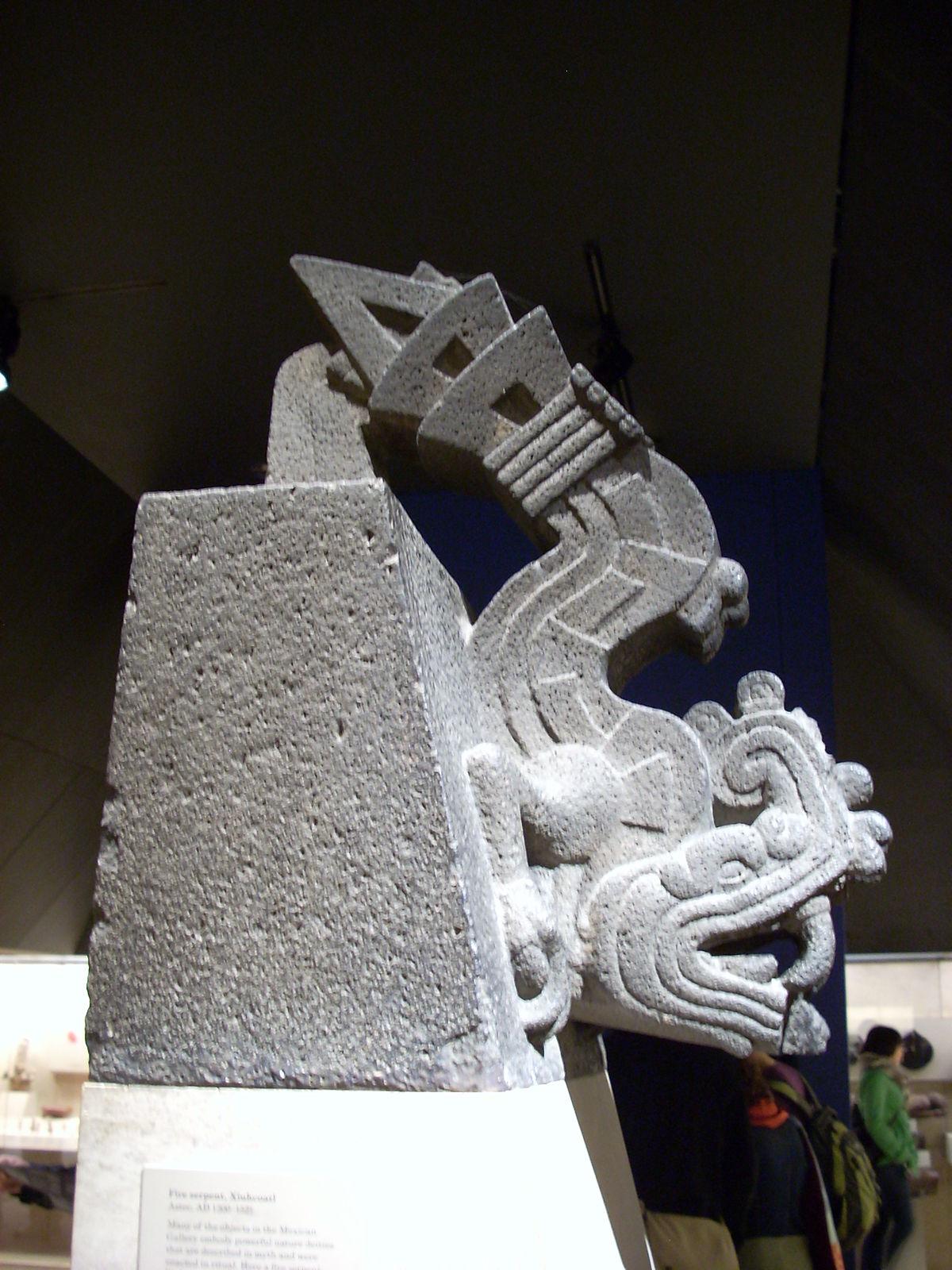 Xiuhcoatl - Wikipedia