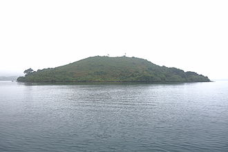 Yeung Chau, Tai Po - Typical subtropical island blanketed with lush green vegetation year-round