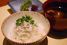 http://upload.wikimedia.org/wikipedia/commons/thumb/7/7a/Young_of_sardines_rice%2CYaizu-city%2CJapan.JPG/220px-Young_of_sardines_rice%2CYaizu-city%2CJapan.JPG