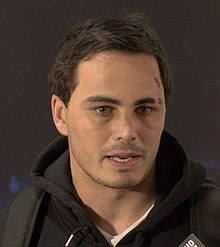 Description de l'image Zac Guildford (cropped).jpg.