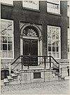 zicht op ingangspartij grachtenhuis - amsterdam - 20319524 - rce
