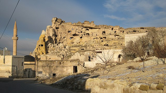 Çavuşin cave houses