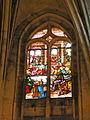 Église de Chaumont en Vexin vitrail choeur 2.JPG