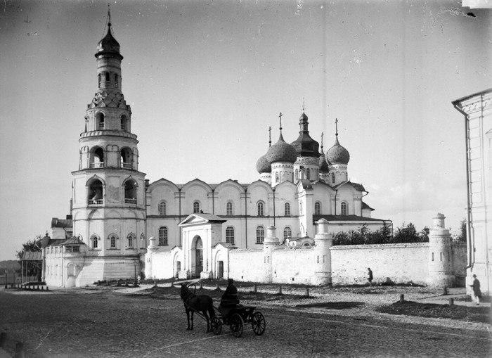Вид на кафедральный собор. Казань.1894