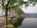 武汉东湖 - East Lake of Wuhan - 2016.04 - panoramio.jpg