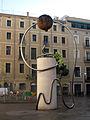 001 Escultura de Leandre Cristòfol, pl. George Orwell.jpg