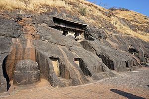 Bedse Caves - Image: 003 General View (33308435000)