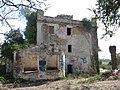 022 Mas de Santa Bàrbara (Sitges), façana oest i cisterna.jpg