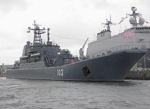 102 LPD Kaliningrad - Flickr - Joost J. Bakker IJmuiden (1).jpg