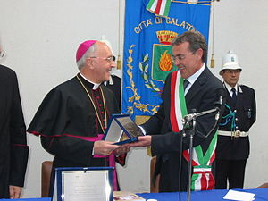 Fernando Filoni - Delivery of the honorary citizenship of the town of Galatone to Archbishop Fernando Filoni (2007)