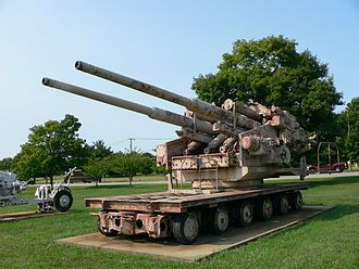 12.8 cm FlaK 40 - Flakzwilling 40 at US Army Ordnance Museum.