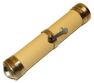 Eveready Battery Company - Image: 1899 Eveready flashlight