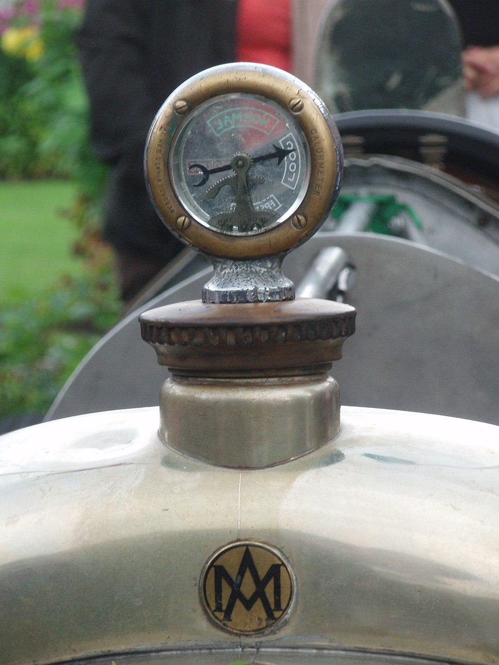 1923 Aston Martin Razor Blade team car in Morges 2013 - AM logo and radiator calormeter closeup