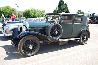 Bentley 4½ Litre - Image: 1928 Bentley Saloon at Toddington Railway Gala, 0513 8979023957