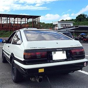 300px-1983_SPRINTER_TRUENO_1600GT-APEX_REAR.jpg