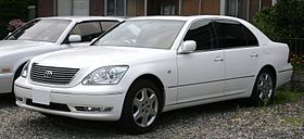 2003-2006 Toyota Celsior.jpg