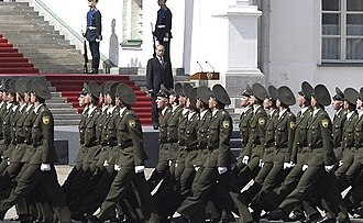 Second inauguration of Vladimir Putin - Vladimir Putin carried review troops