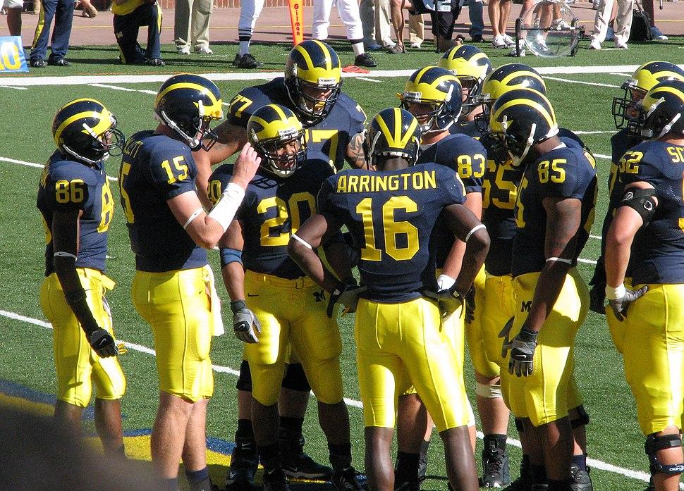 20070922 Michigan huddle