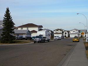 Meyokumin, Edmonton - Residential street in Meyokumin.