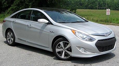 2011 Hyundai Sonata Hybrid -- 07-20-2011.jpg