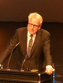 2014-06-06 Hannover, Opening 5. KunstFestSpiele Herrenhausen, (066) Prof. Dr. Martin Roth (Victoria and Albert Museum, London) (cropped).jpg