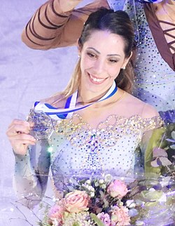 2018 Grand Prix of Helsinki Pair skating medal ceremonies 2018-11-03 23-11-20 (cropped) - Della Monica.jpg