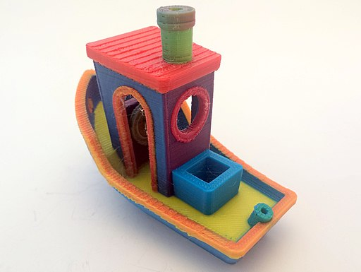 3DBenchy created using color mixing on an FDM printer