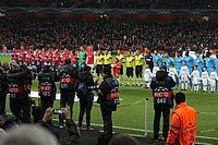 ARS-OM 1314 Arsenal and Marseille line up.jpg