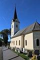 AT-62418 Kath. Pfarrkirche hl. Martin und Friedhof - Lind bei Velden 08.jpg