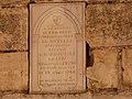 Abbaye de Marmoutier, fouilles archeologiques, plaque commemorative.JPG