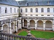 Abbaye du Bec-Hellouin - Le cloître