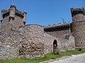 Acceso del Castillo de Oropesa.jpg