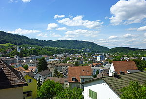 Adliswil - Adliswil with the Üetliberg ridge behind
