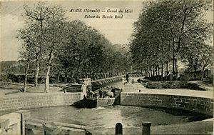 Agde Round Lock - Image: Agde Round Lock post card