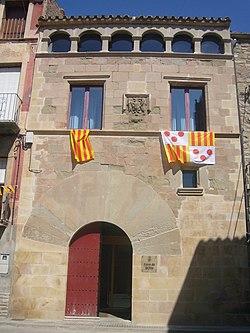 Ajuntament dels Prats de Rei, durant la festa major.jpg