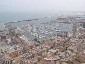 History of Alicante - A view of Alicante from the Castillo de Santa Barbara.