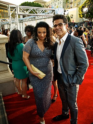Alice Amter - Amter (left) with José Yenque at the 2012 Alma Awards