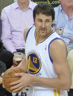Bogut, Warriors formasıyla (Mart 2013)